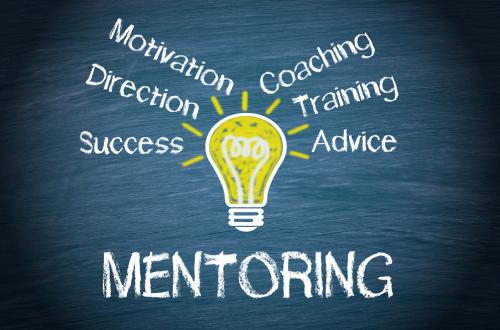 Program mentorimi për studentët pasuniversitarë